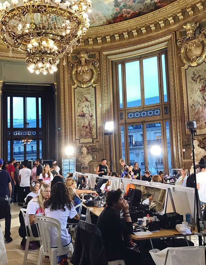 Le backstage beauté du défilé Stella McCartney SS18