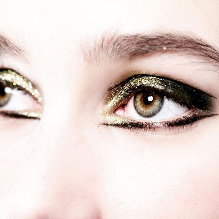 Les yeux glitter du show Emmanuel Ungaro
