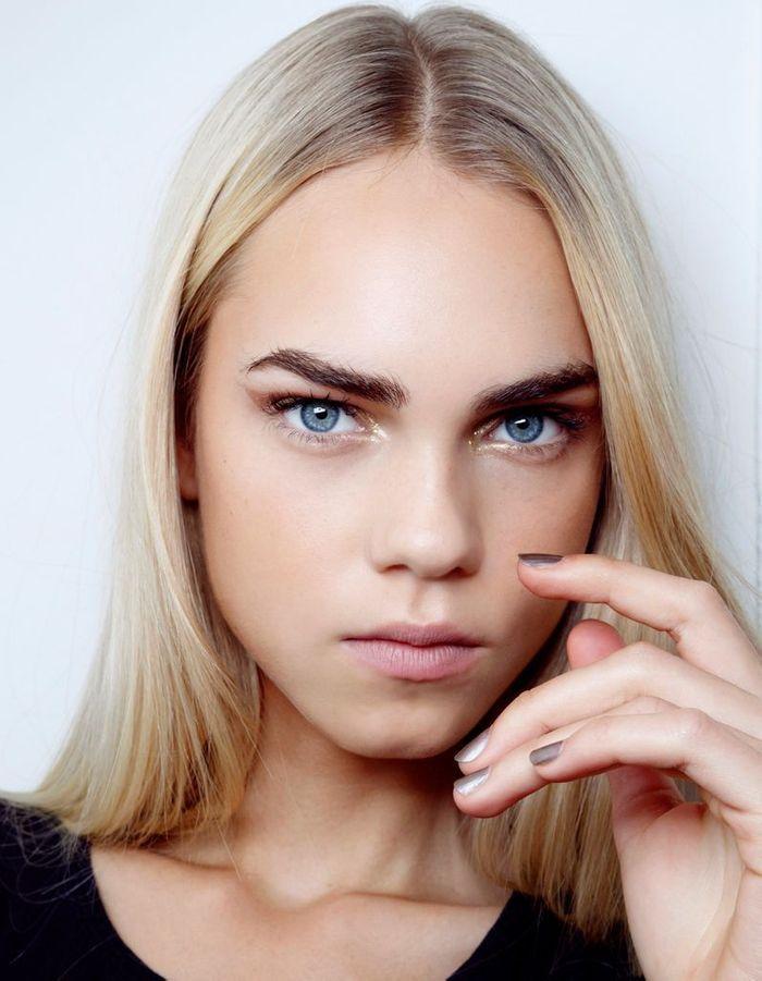 maquillage dor yeux bleus le maquillage dor en 20. Black Bedroom Furniture Sets. Home Design Ideas