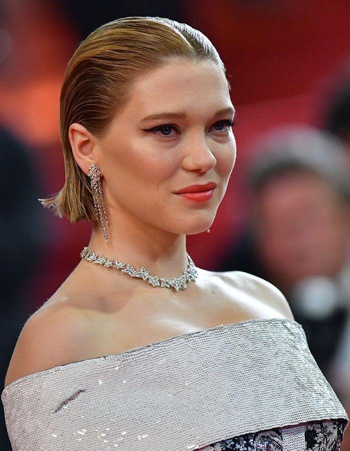 Les cheveux wet en arrière de Léa Seydoux à Cannes