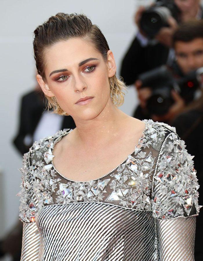 Les cheveux wet de Kristen Stewart à Cannes