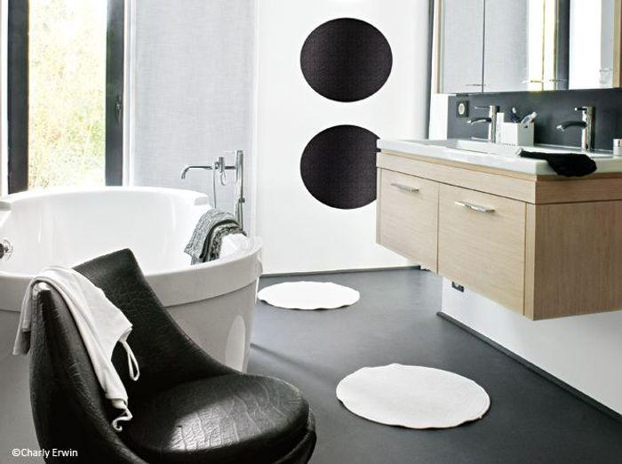 D coration 100 noir et blanc elle d coration for Configurer une salle de bain