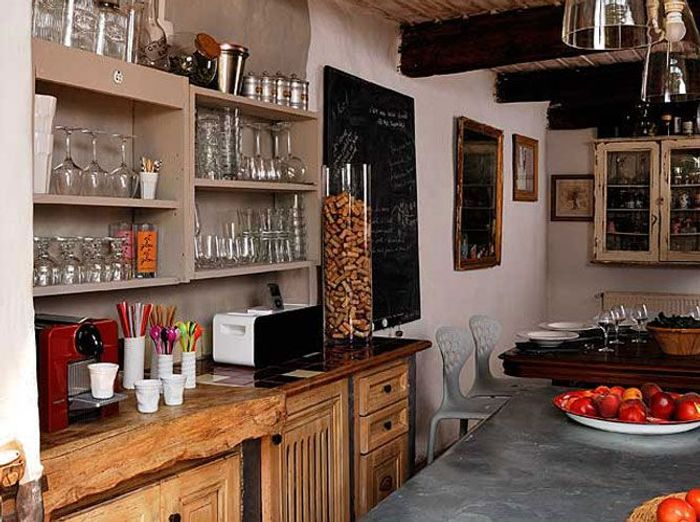 Des cuisines de campagne elle d coration for Amenagement cuisine originale