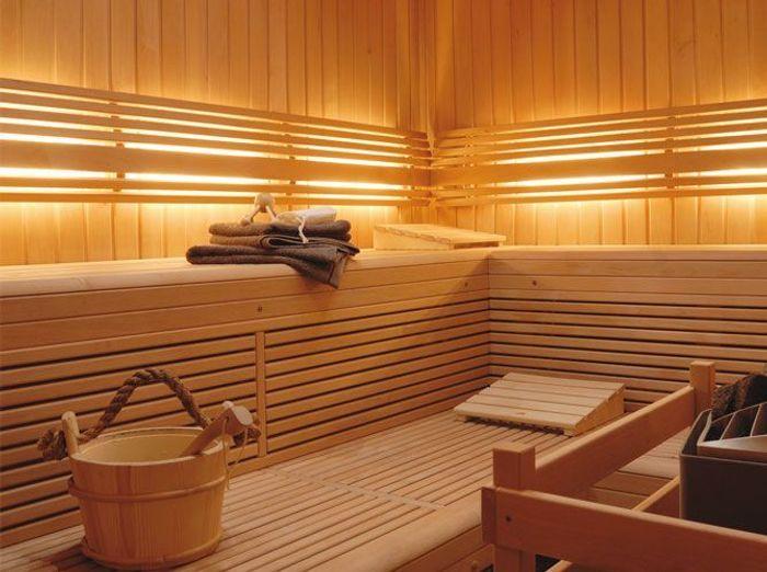 Hammam ou sauna elle d coration for Salle de bain style hammam