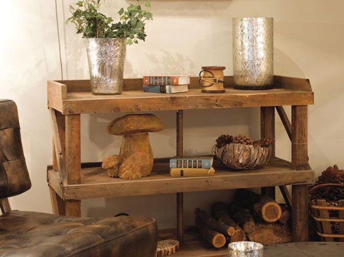 Le charme fou des meubles de m tier elle d coration - Decoration sur meuble en bois ...