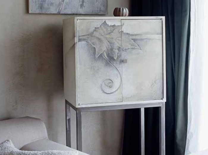 meubles peints un style revisit elle d coration. Black Bedroom Furniture Sets. Home Design Ideas