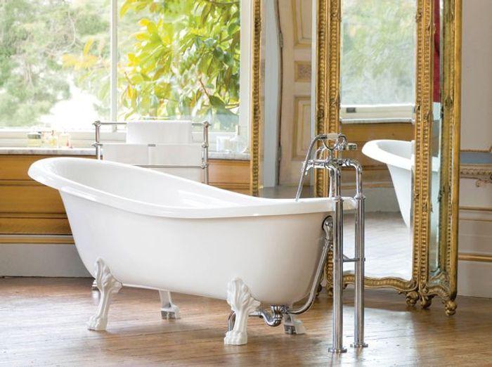tendance les salles de bains l 39 ancienne elle d coration. Black Bedroom Furniture Sets. Home Design Ideas