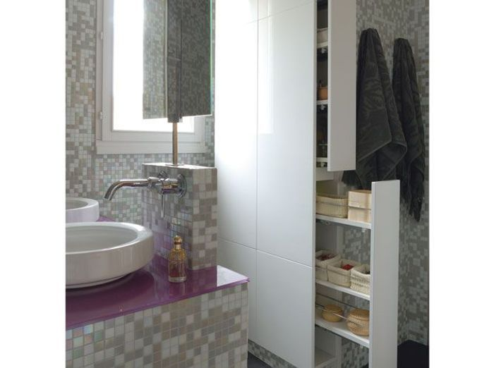 Rangements solutions gain de place elle d coration for Salle de bain gain de place