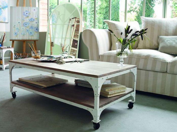 un beau meuble comme cadeau de no l elle d coration. Black Bedroom Furniture Sets. Home Design Ideas