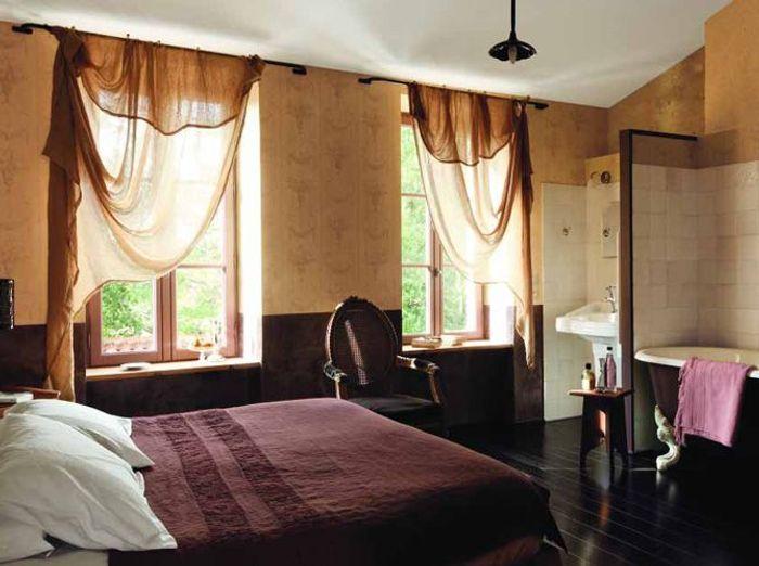 une chambre avec salle de bains un r ve de bien tre elle d coration. Black Bedroom Furniture Sets. Home Design Ideas