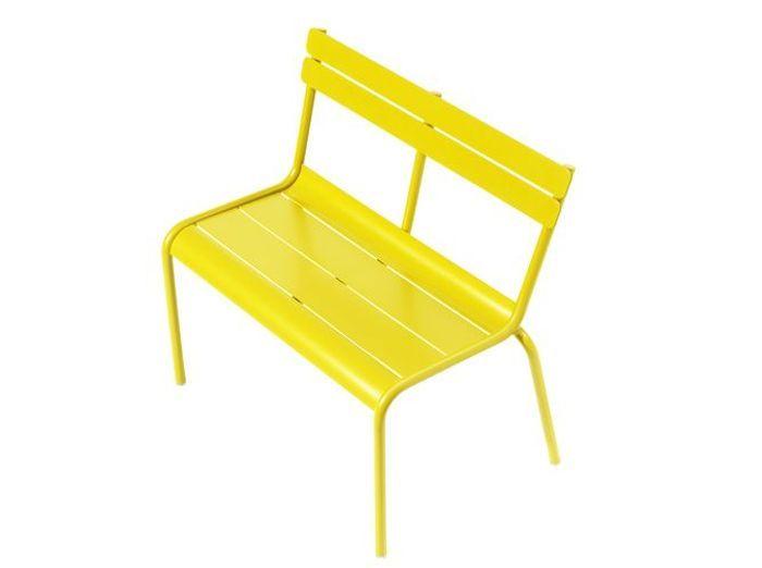 20 meubles de jardin pour vos enfants elle d coration. Black Bedroom Furniture Sets. Home Design Ideas