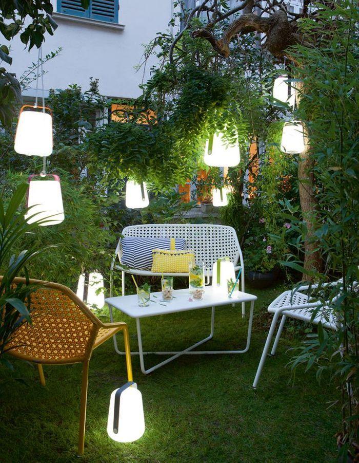 Accumulez les luminaires dans le jardin