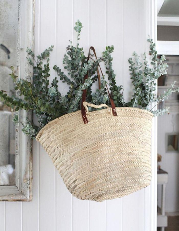 On adore l 39 eucalyptus s ch et vous elle d coration for Como aprovechar una cesta de mimbre