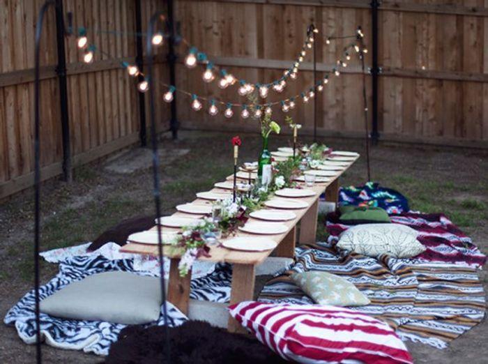 D co estivale 21 jardins pour vous inspirer elle - Guirlande lumineuse exterieur ikea ...