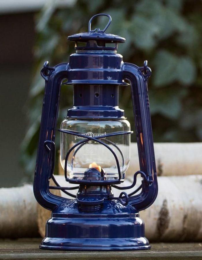 Une lampe de jardin Feuerhand