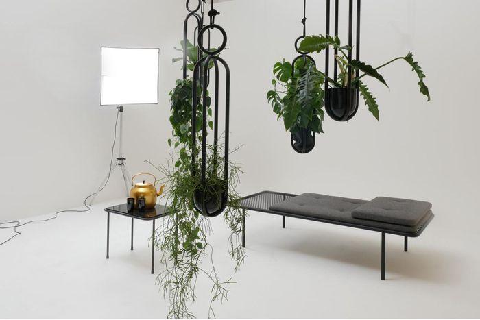 Panier Suspendu Blumenampel par Zascho Petkow pour Atelier Haussmann (2015)