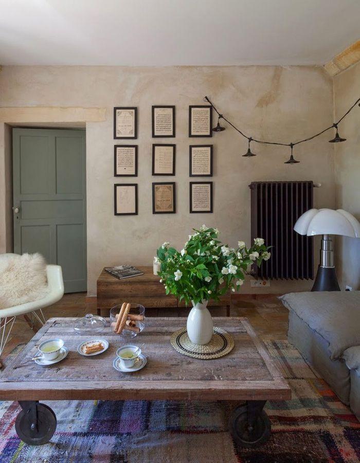 La lampe Pipistrello dans une maison de campagne