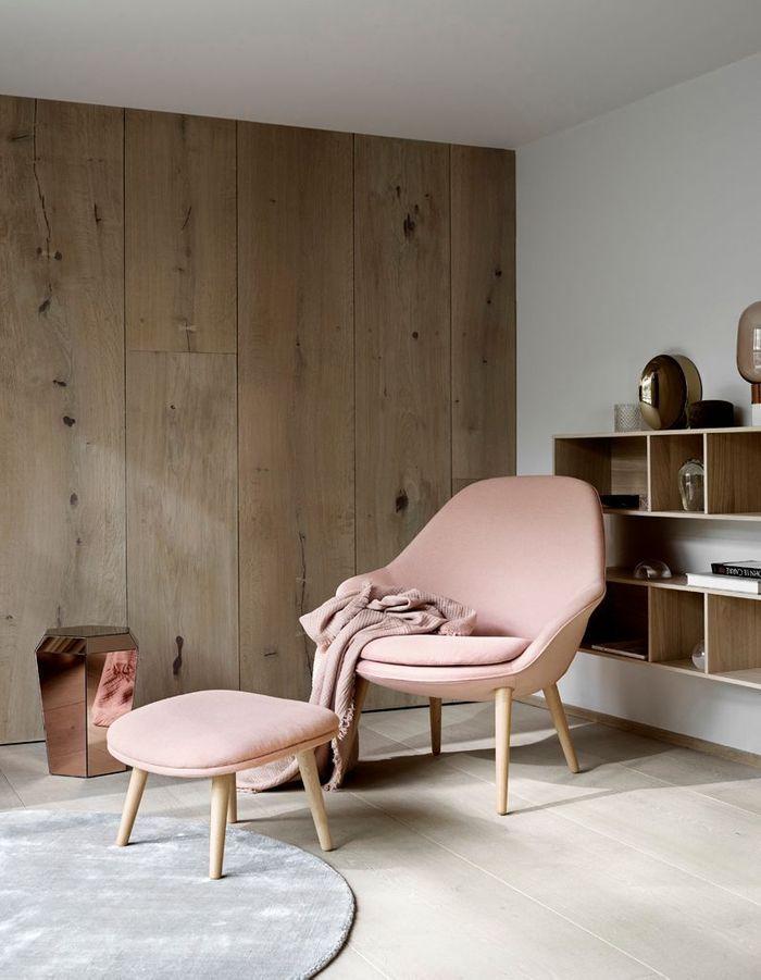 Un fauteuil pastel