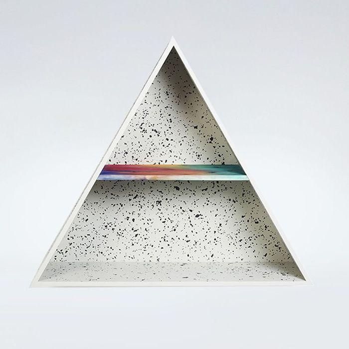 Etagère triangulaire