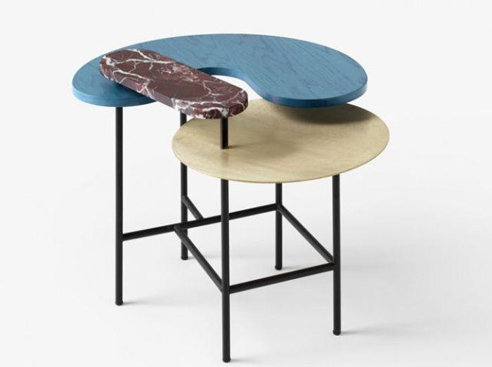 Une table esprit Art Déco avec une touche de marbre bordeaux