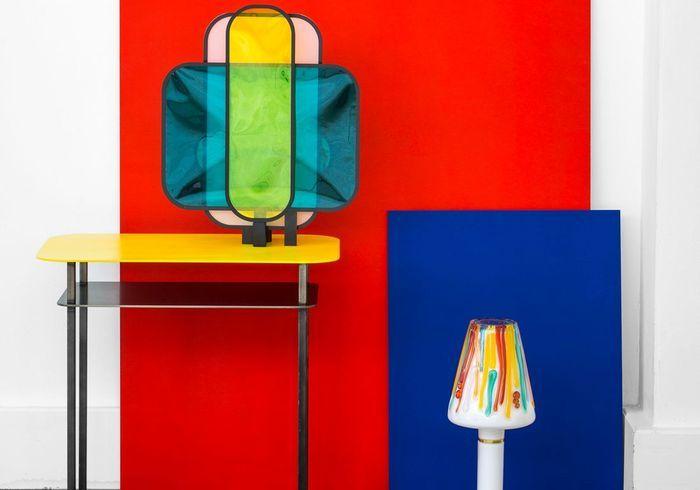 meubles et objets en couleur dans la maison des meubles et objets en couleurs pour une maison. Black Bedroom Furniture Sets. Home Design Ideas