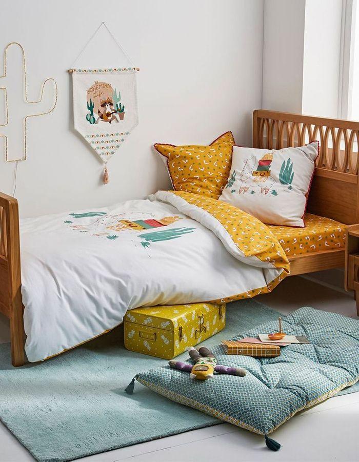 Une chambre d'enfant zen via un lit cocooning