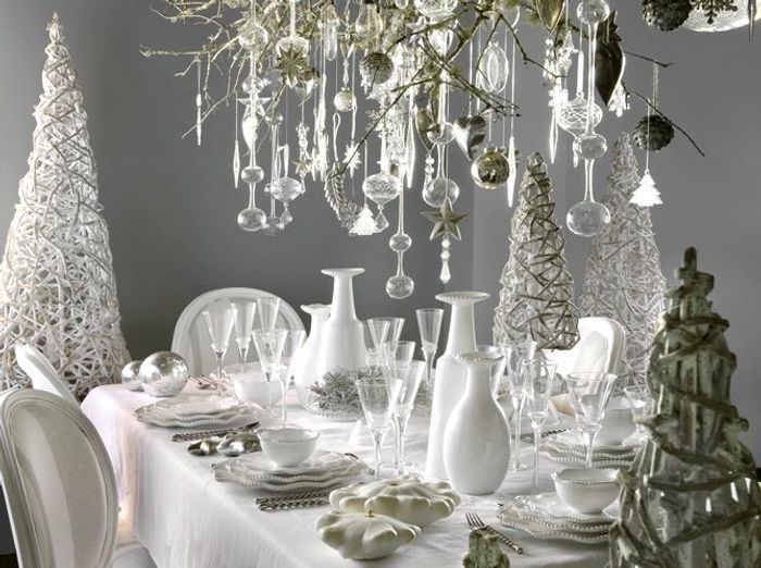 50 tables de f te elle d coration for Decoration de table de noel argent
