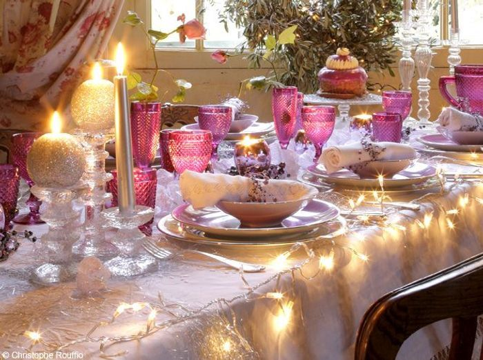 50 tables de f te elle d coration for Decoration de noel rose