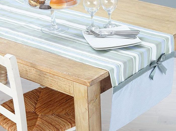 Un chemin de table pour une d co de table ultra chic - Chemin de table beige ...