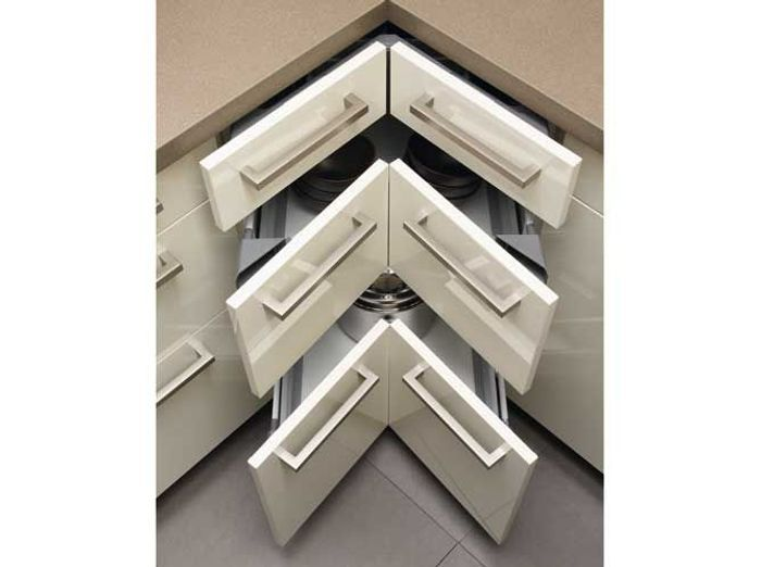 Des placards de cuisine spécialement conçus pour les angles