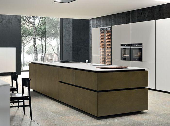 Une cuisine design organisée en blocs