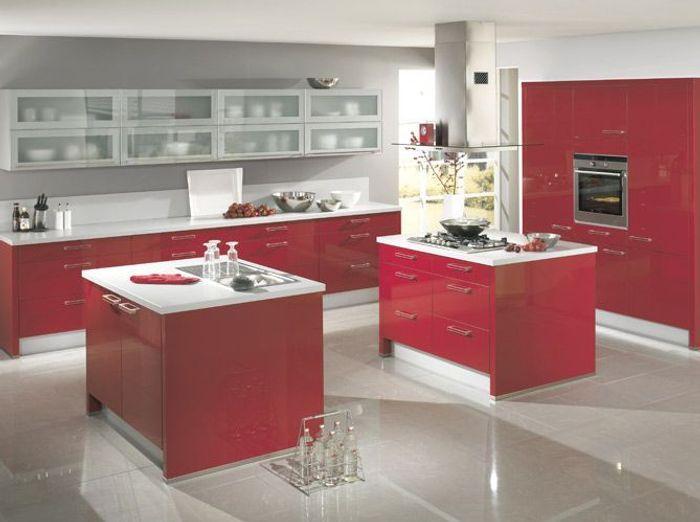 Pleins feux sur la cuisine rouge elle d coration - Cuisine rouge brillant ...