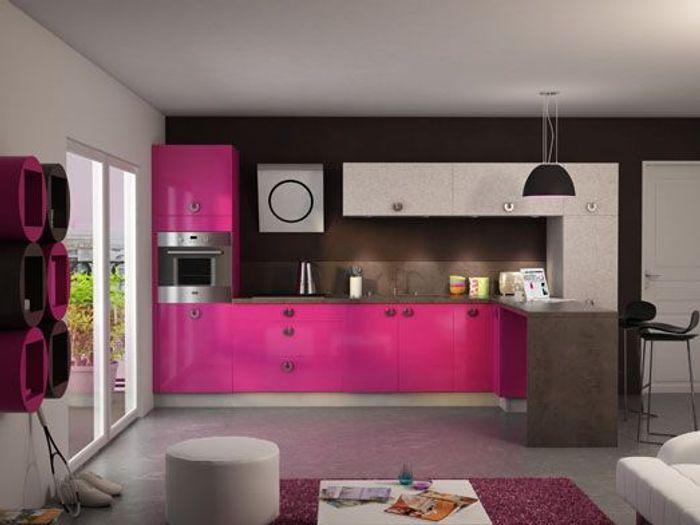 Une cuisine r invent e vive la couleur elle d coration for Peinture rose cuisine