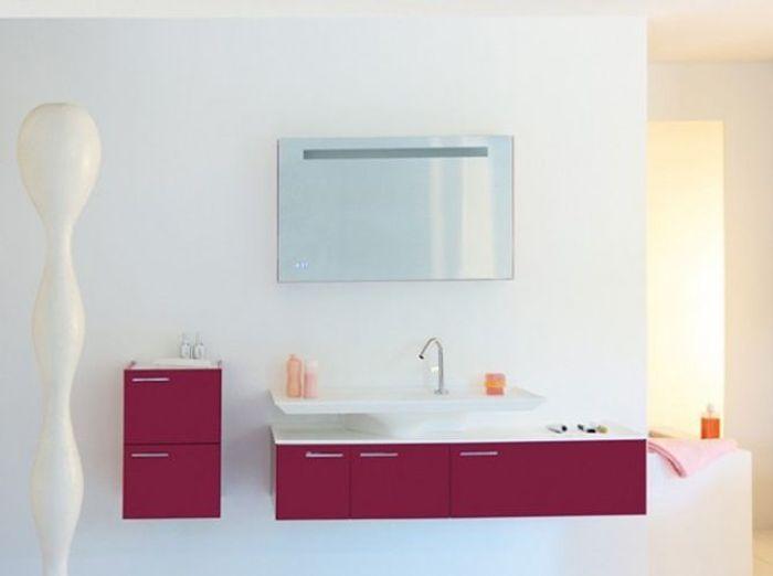 Salle de bains blanche fush