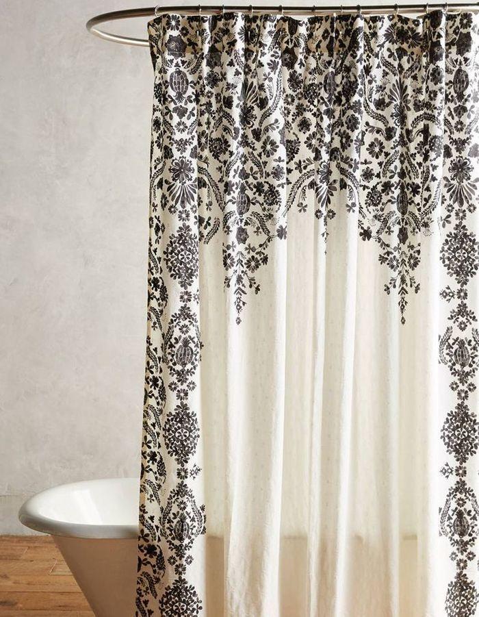 rideau de douche 15 rideaux de douche pour une salle de. Black Bedroom Furniture Sets. Home Design Ideas