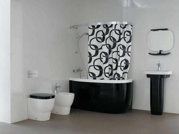La baignoire se fait toute petite elle d coration for Modele de douche petit espace