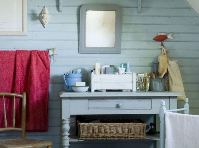 Les couleurs s\'invitent dans la salle de bains - Elle Décoration
