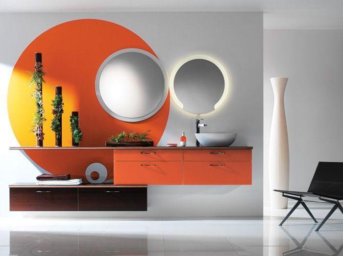 Salle de bains orange perene