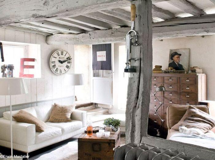 20 petits salons plein de caract re elle d coration for Decoration petit salon carre
