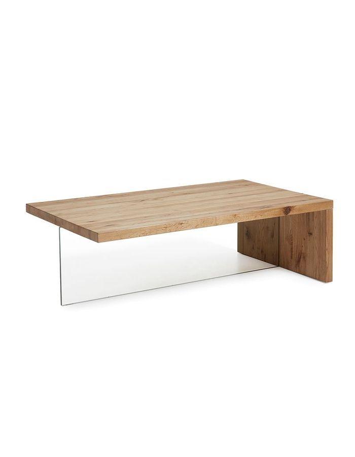Table basse en bois aux lignes graphiques