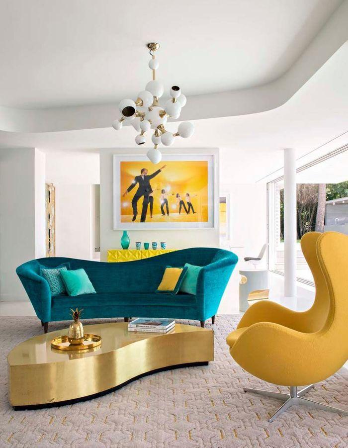 Un salon jaune arty