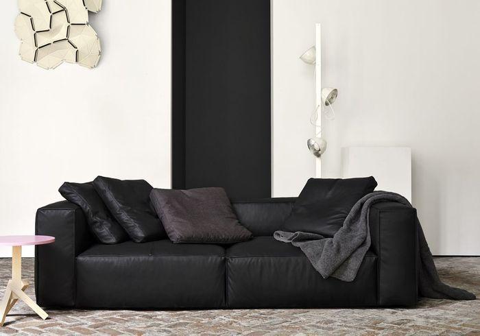 Un salon noir et blanc design