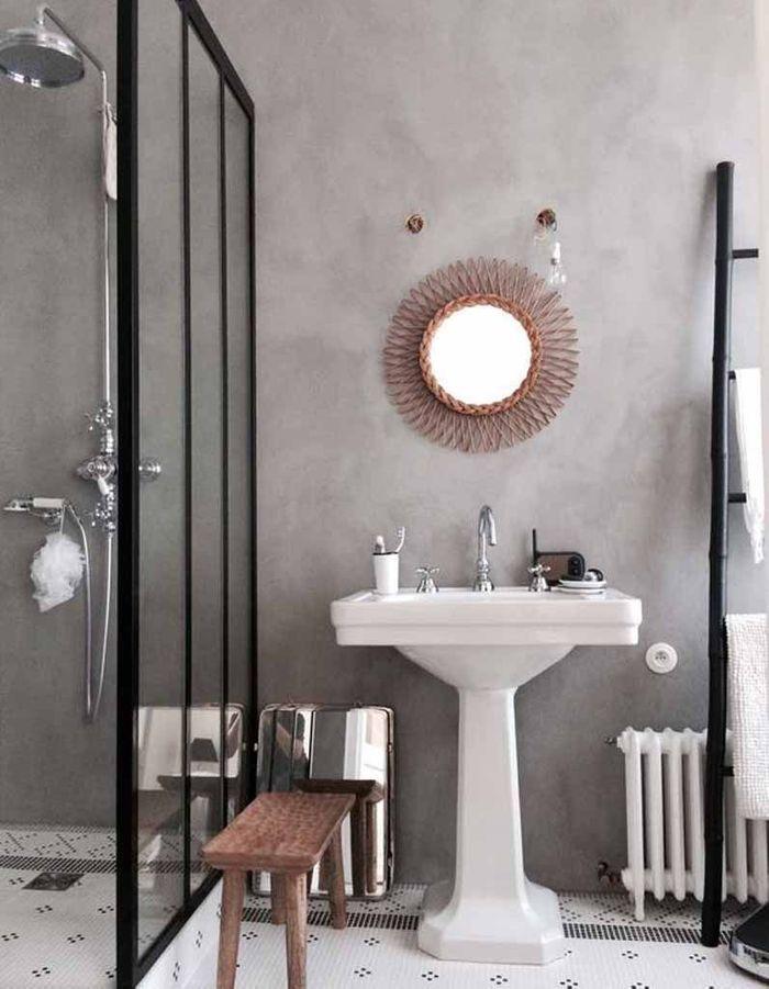 Une verrière intérieure façon paroi de douche