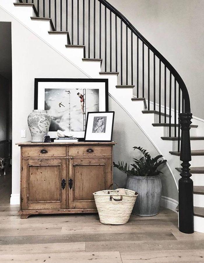 Peindre la rampe pour un escalier déco