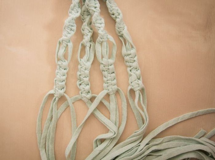 Diy comment faire une suspension en macram elle d coration - Faire macrame suspension ...