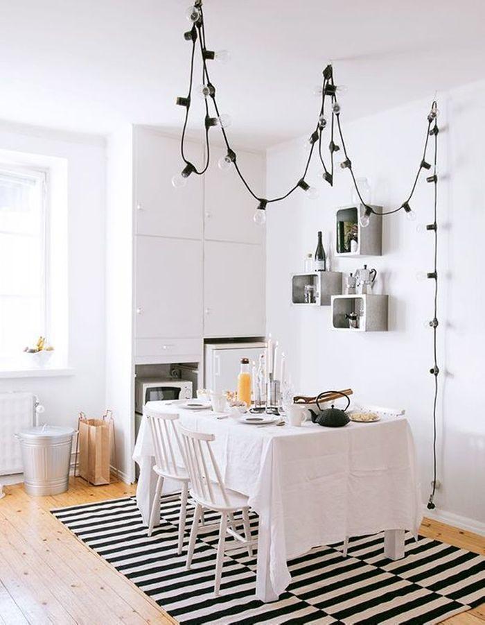guirlande lumineuse lumi re sur nos 20 id es d co elle d coration. Black Bedroom Furniture Sets. Home Design Ideas