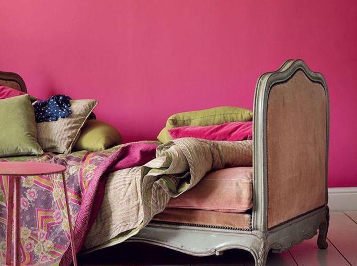 Mur rose au fil des couleurs