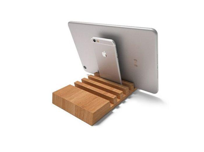 Un rangement pour 5 appareils, tablettes ou smartphones