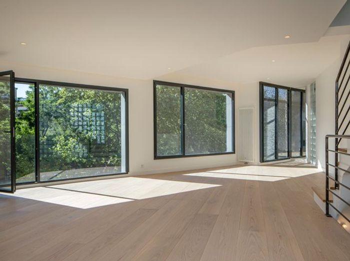 des conseils de pro pour agrandir l 39 espace elle d coration. Black Bedroom Furniture Sets. Home Design Ideas