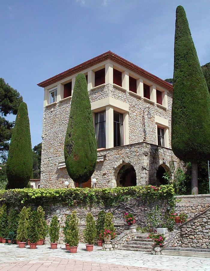 La villa Domergue, écran noir